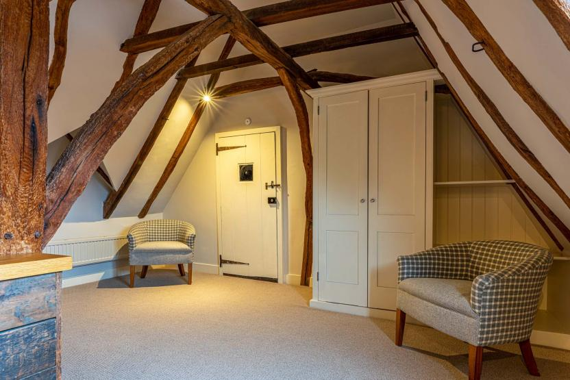 Sun Faversham Feature Room